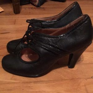 Sofft sz 9 Mary Jane black leather heels